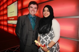 andy-jonas-of-mayfield-alpacas-with-fundraising-runner-up-safia-kaid